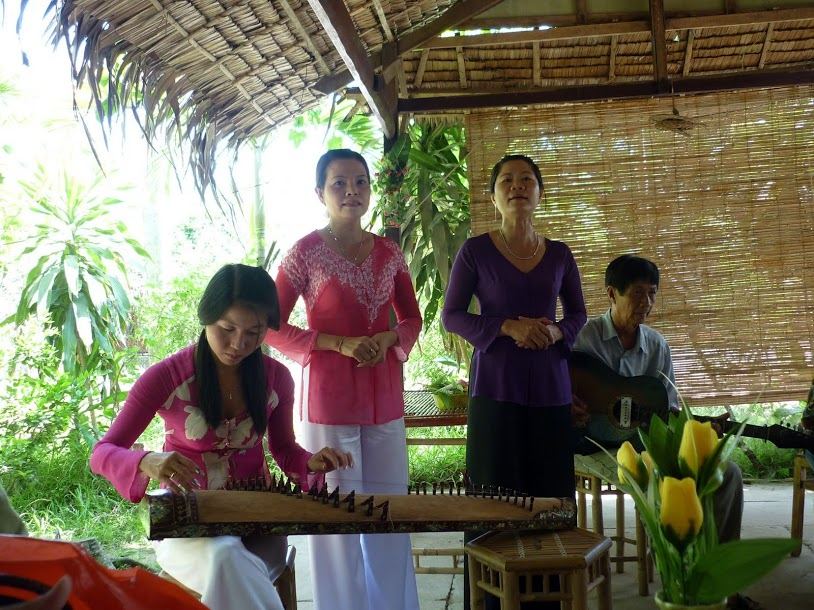 Art_of_n_ca_tai_t_music_and_song_in_southern_Viet_Nam_05