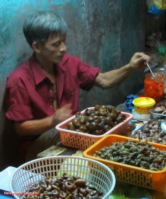Best_Street_Food-Streets-in-Ho-Chi-Minh-city_11