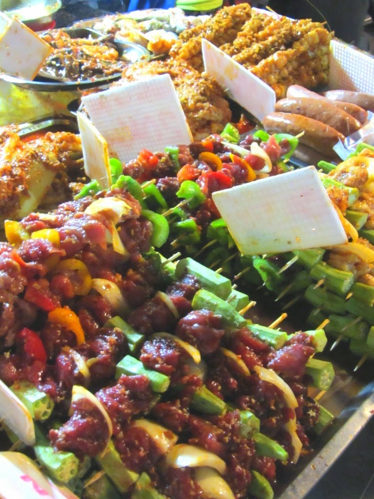 Best_Street_Food_Streets_in_Saigon_3
