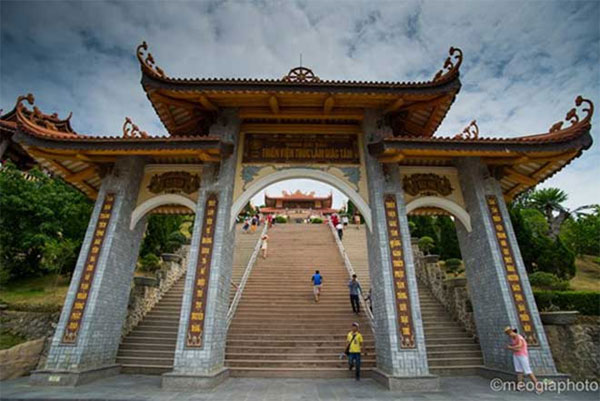 Cai_Bau_Pagoda_an_ideal_destination_for_spiritual_tourism_1
