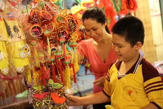Cities prepare for Mid-Autumn Festival