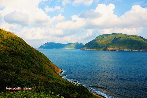 Con_Dao_among_the_top_25_remote_islands_01