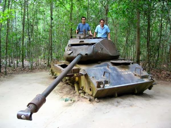 Cu_Chi_tunnels_the_best_travel_destination_in_Ho_Chi_Minh_city_09
