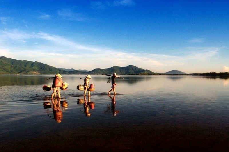 Discovering_Lap_An_Lagoon_Thua_Thien_Hue_Province08
