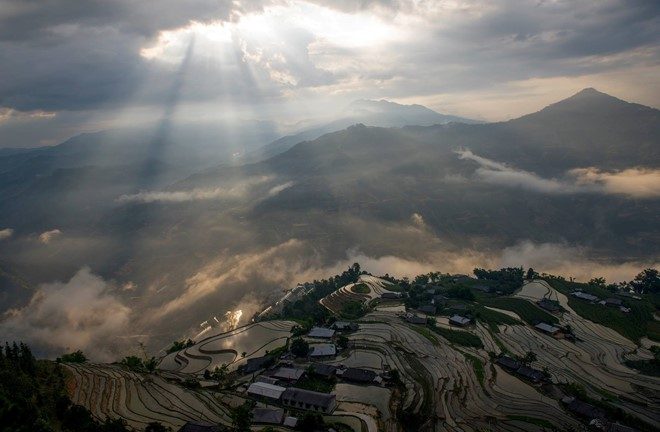 Hoang_Su_Phi_terraced_fields_in_rainy_season_04