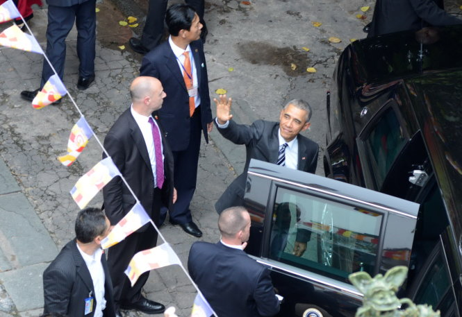 President_Obama_visit_The_Jade_Pagoda_in_Ho_Chi_Minh_city_03