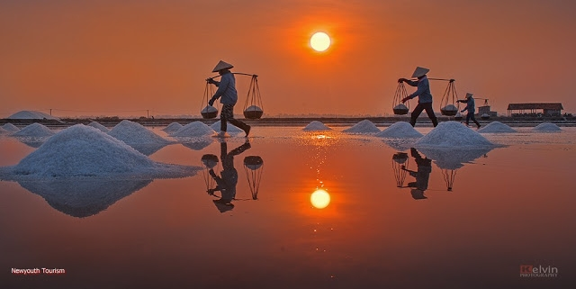 The-Salt-Fields_Near_Nha-Trang-Beach-city-Vietnam-17