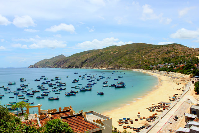 Top_tourist_destinations_in_Binh_Dinh_province_Vietnam_10