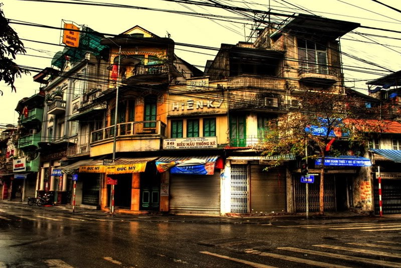 Travel_around_Hanoi_city_Vietnam_16