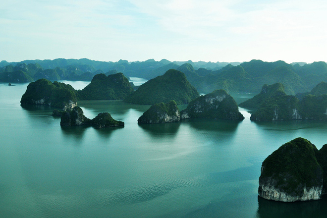 Halong Bay dolphin cruise tour - 3 days/ 2 nights (daily)
