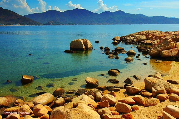 the-beauty-of-nha-trang-beach-city-vietnam_07