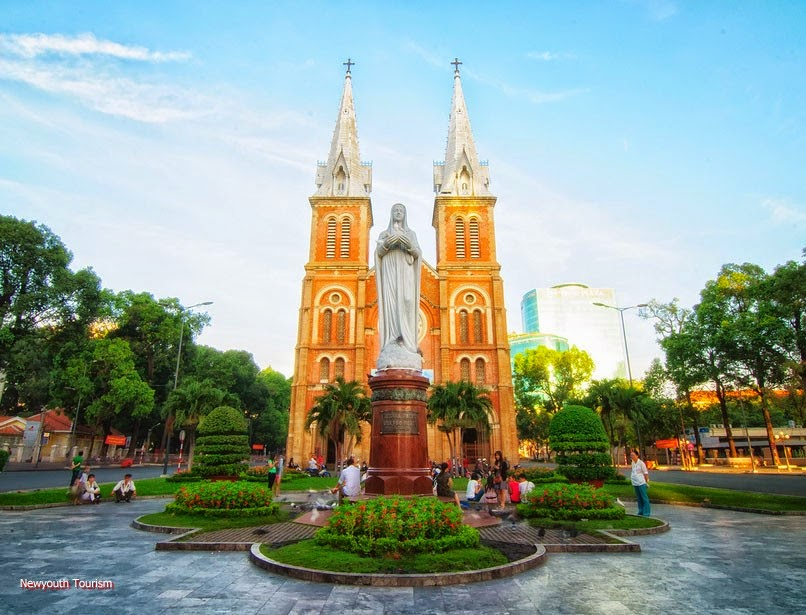 travel-around-ho-chi-minh-city-vietnam_10