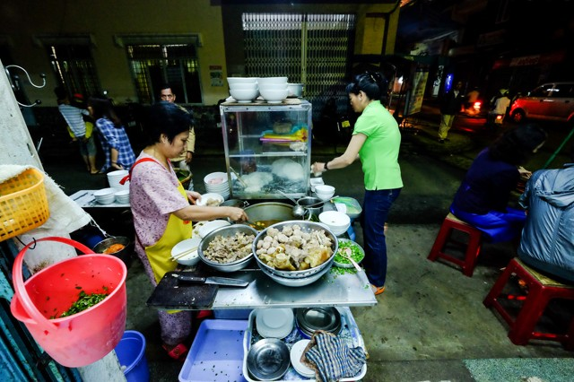 vietnamese-food-you-must-eat-in-da-nang-vietnam-08