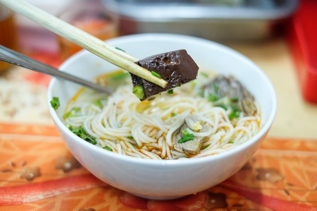 vietnamese-food-you-must-eat-in-da-nang-vietnam-10