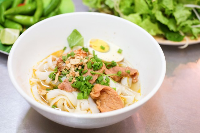 vietnamese-food-you-must-eat-in-da-nang-vietnam-14