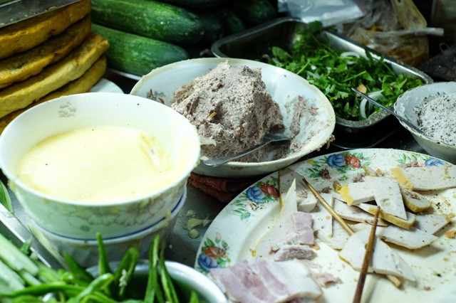 vietnamese-food-you-must-eat-in-da-nang-vietnam-17